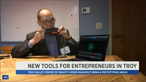 Dwight Cheu demonstrates the Jamboxx at the Tech Valley Center of Gravity in Troy NY